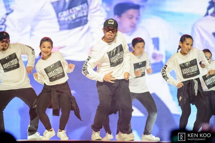 2legit-status-dance-uaap