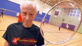OLD-BADMINTON-PLAYER