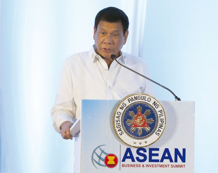 duterte-laos-asean-summit