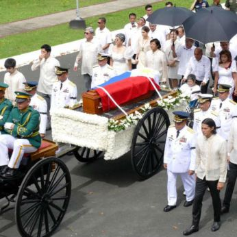 marcos-burial-bayani