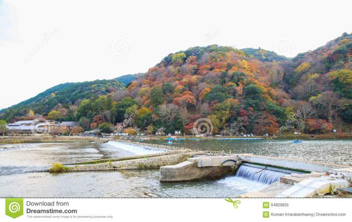 arashiyama-mountain--kyoto-japan