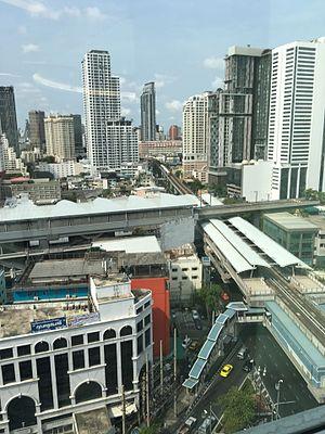 Phayathai station