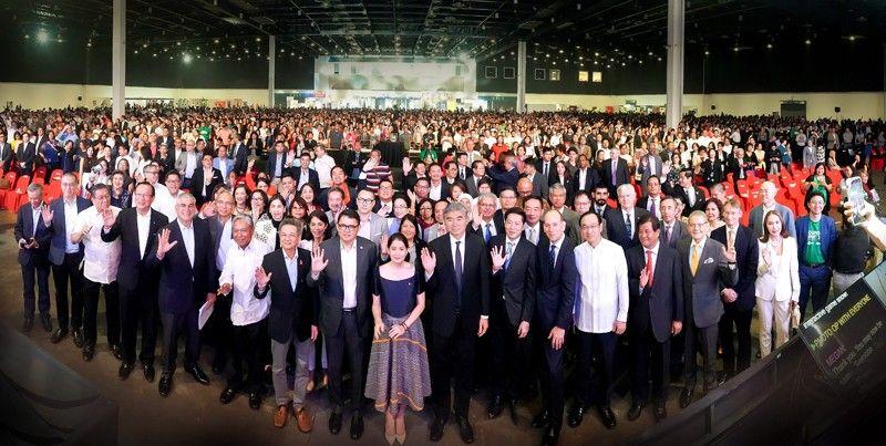 tourism-summit-photo-many