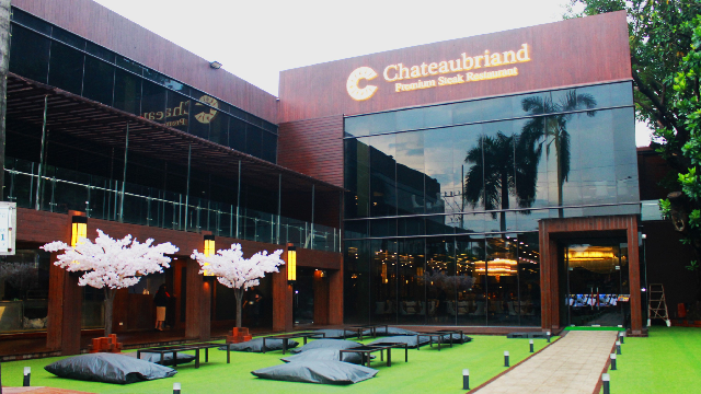 chateaubriand-steakhouse-front